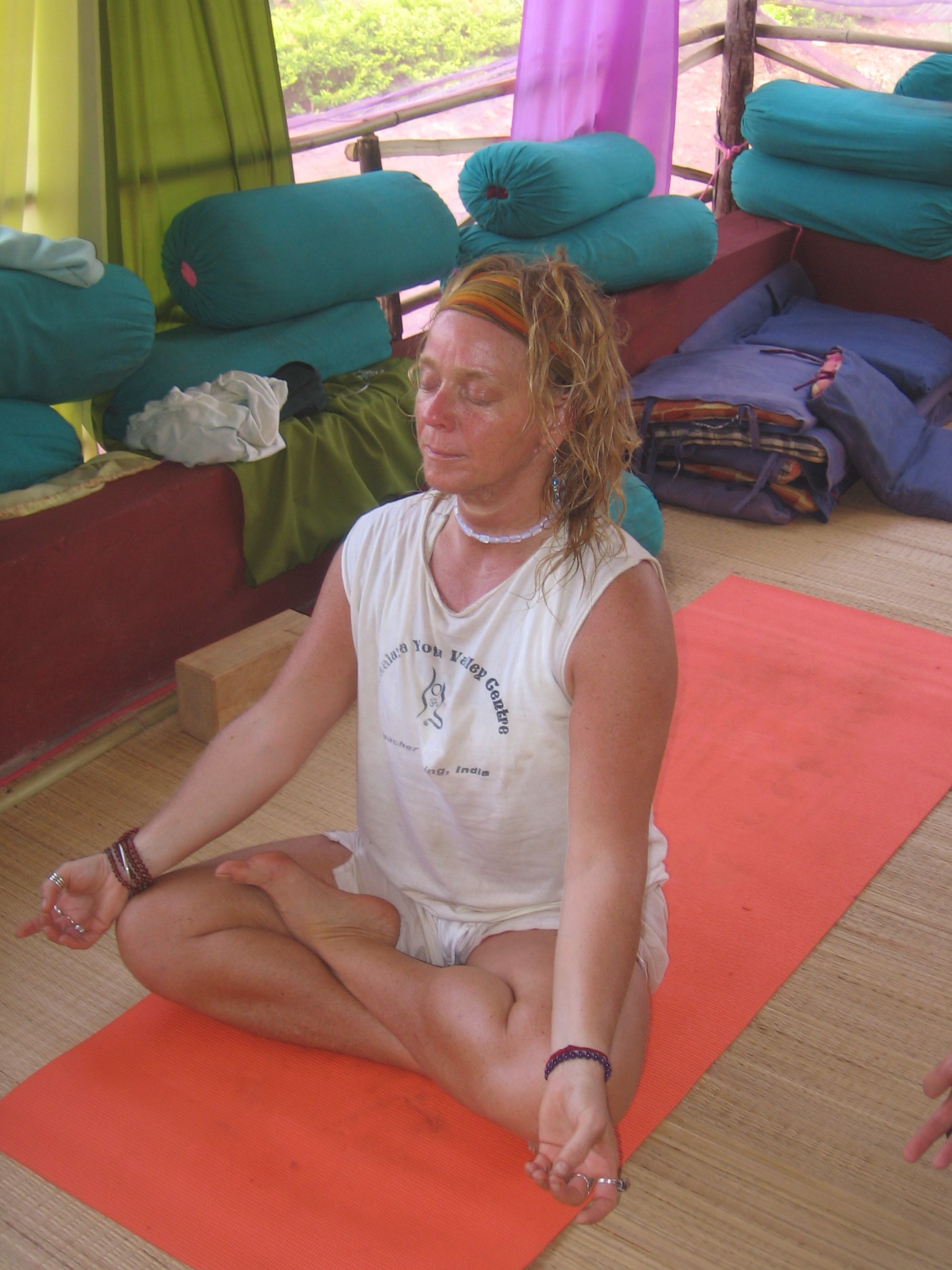 Slowing Down, Looking Inside & Letting Go of Fear – Gaining health, wealth & happiness back!